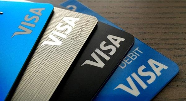 Dùng thẻ visa rất nhanh chóng và thuận tiện